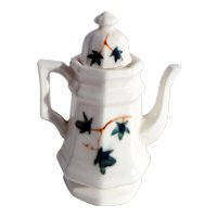 Doll-sized c. 1890 porcelain coffee pot with hand painted ivy