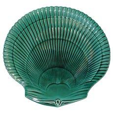 Wedgwood Majolica Shell-shaped Greenware plate