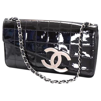 Dramatic vintage black patent Chanel clutch handbag, purse, bag
