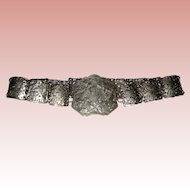 Victorian Pierced Silvered Metal Nurse's Belt with Birds and Mythical Animal - Circa 1900 - 1905