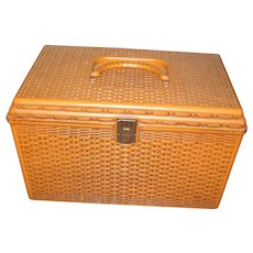 Wilson Wil-Hold Sewing Basket - Hard Plastic Basket