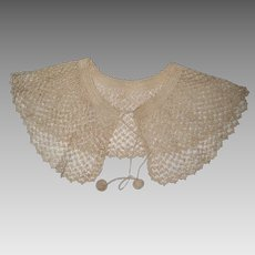 Ecru Hand Crocheted Lace Collar