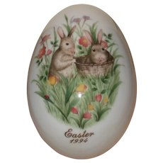 Noritake 1994 Hand Painted Bone China Porcelain Easter Egg - Two Bunnies and Basket
