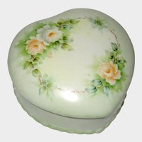 Hand Painted Heart Shaped Porcelain China Trinket Box with Roses