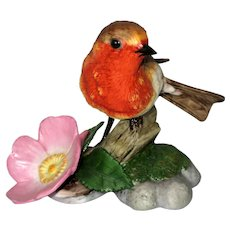 "European Robin Porcelain Figurine - Franklin Mint ""Birds  and Blossoms of the World"" Collection"