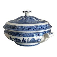 Wedgwood and Barlaston Blue Willow Covered Vegetable Server