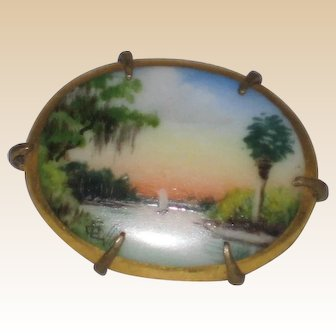 Petite Olive Commons Signed Handpainted Florida  Pin or Brooch
