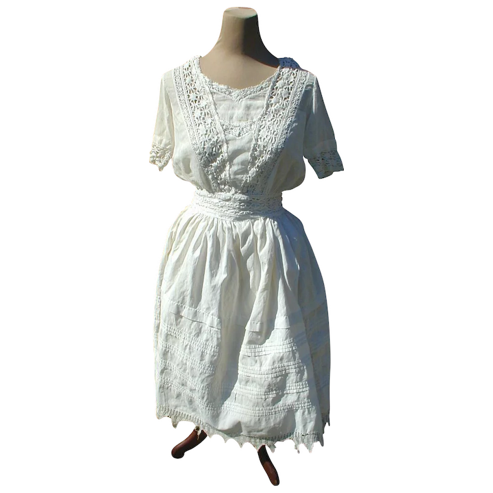 2c036f246cb Two Piece Late Victorian or Edwardian White Cotton Lawn Dress with  Crocheted Trim