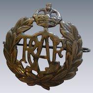 WW II Royal Canadian Air Force Cap Badge Insignia
