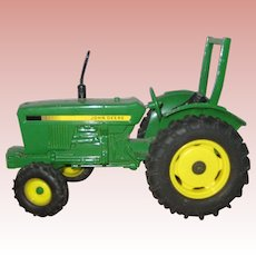 John Deere Diecast Metal Model Toy Tractor - 1:16 Scale