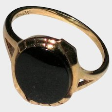 10K Yellow Gold Onyx Art Deco Ring - Size 7