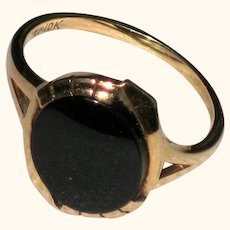10K Yellow Gold Onyx Art Deco Ring - Size 7