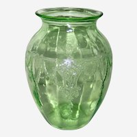 Anchor Hocking Cameo or Ballerina Green Depression Glass Vase