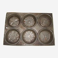 1930's Muffin Tin with Flowers and Star
