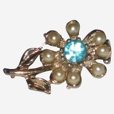 Doll Sized Daisy or Flower Pin