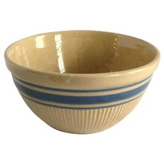 Early Hull Pottery Yellow Ware Mixing Bowl