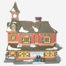 1992 Dept 56 Snow Village Station Lighted Building #5438-0 Retired