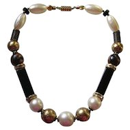 Vintage Ellelle Signed Italian Lucite Bead Necklace