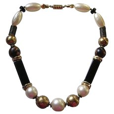 Vintage Ellelle Signed Italian Lucite Bead Necklace
