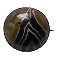 Large Victorian Scottish Striped Agate Cabochon Brooch
