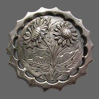 Victorian Aesthetic Sterling Silver Daisy Brooch With Applied Daisy Heads