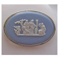 Beautiful Wedgwood Blue Jasperware Sterling Silver Cameo Brooch