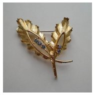 Vintage 1950's 18kt Gold and Sapphire Brooch