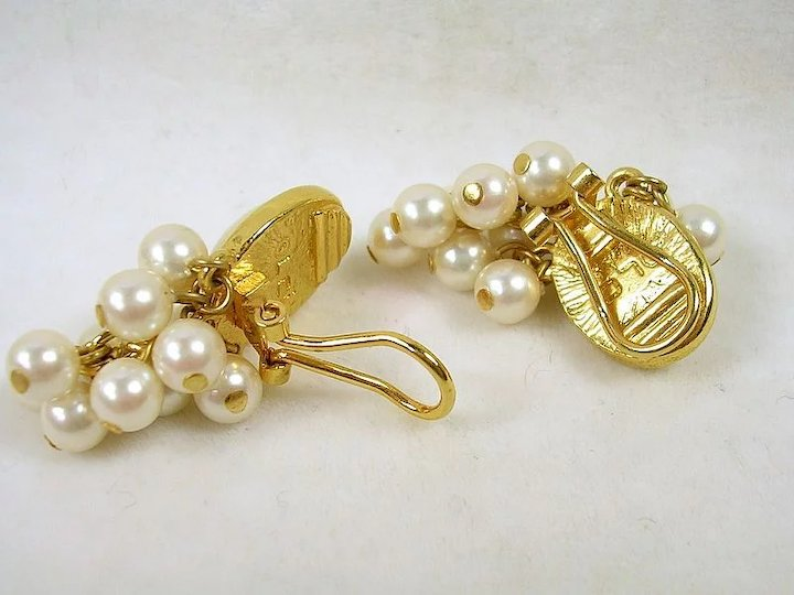 Signed Lci Vintage Simulated Pearl Dangle Clip Earrings