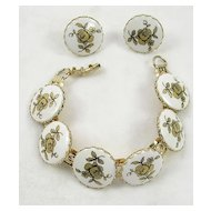 Vintage Lucite Link Bracelet with Hand Painted Gold  Tone Roses