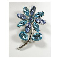 Vintage Brooch Pin with Sapphire Blue and Turquoise Color Rhinestones in a Floral Motif – Beautiful!