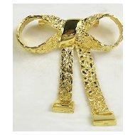 Beautiful Gold Tone Bow and Sash Brooch/Pin