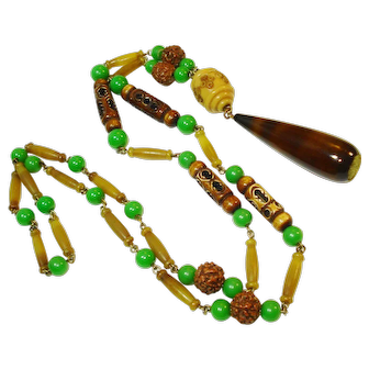 Art Deco Celluloid Jadite Glass Flapper Necklace