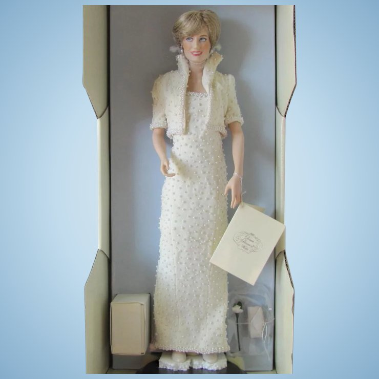 Franklin Mint Princess Diana Doll in Elvis Dress with Tiara and ...