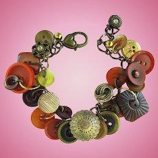 Charm Bracelet of Vintage Buttons in Burnt Umber – Auburn – Mahogany – Sienna