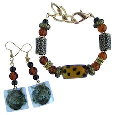 Bracelet with Cheetah Spots and Textured Beads – Cheetah Earrings – S/M