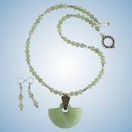 Sea Foam Green Serpentine Pendant on Prehnite Necklace – Matching Earrings