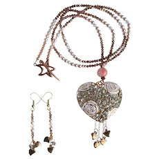 Long Heart Necklace with Crystals - Rose Gold and Pink Colors - Glass Pearls - Earrings