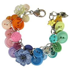 Charm Bracelet of Vintage Buttons – Pastel Shades – Flower Buttons