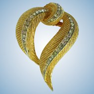 Vintage 1950's Brooch of Stylized Golden Feathers Embedded with Rhinestones
