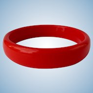 Vintage Bangle in Bright Red