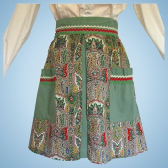 Vintage Apron in Festive Colors with Intricate Floral Pattern and Ric Rac Trim
