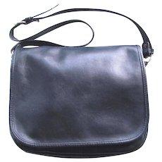 Vintage Leather Saddle Bag in Navy Blue with Multiple Pockets and Adjustable Shoulder Strap