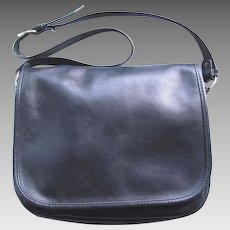 Vintage Leather Saddle Bag in Navy Blue with Multiple Pockets and Adjustable Shoulder Strap