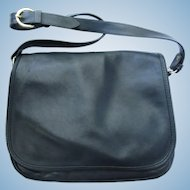 Vintage Messenger Bag in Navy Blue Leather - Adjustable Shoulder Strap