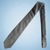 Vintage Grey Silk Narrow Necktie with Small Oval Textured Pattern