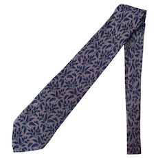 Vintage Silk Necktie in Light Taupe with Blue Leaves – Hand Made in Italy