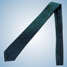 Vintage Necktie with Ombre Effect in Blue to Blue-Green to Green
