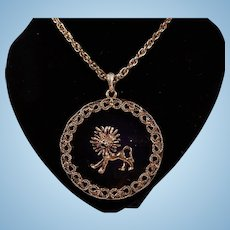 Fabulous Large Goldtone and Lucite Leo Lion Pendant Necklace