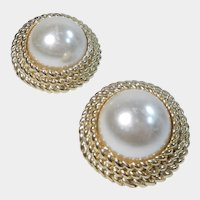 Pretty and Classic Gold Tone and Faux Pearl Clip On Earrings