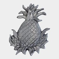 Pretty Detailed Silver Tone Pineapple Pin